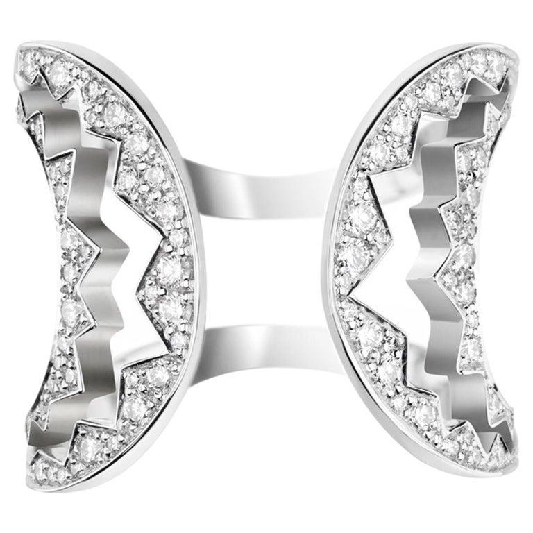 Akillis Capture Me Ring 18 Karat White Gold Set White Diamonds For Sale