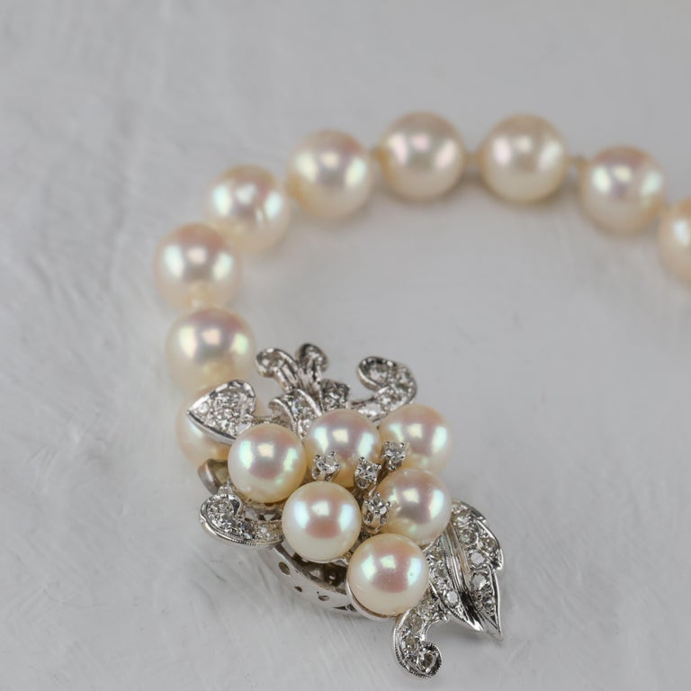 Akoya Pearl Necklace with Diamond Clasp Midcentury For Sale 3