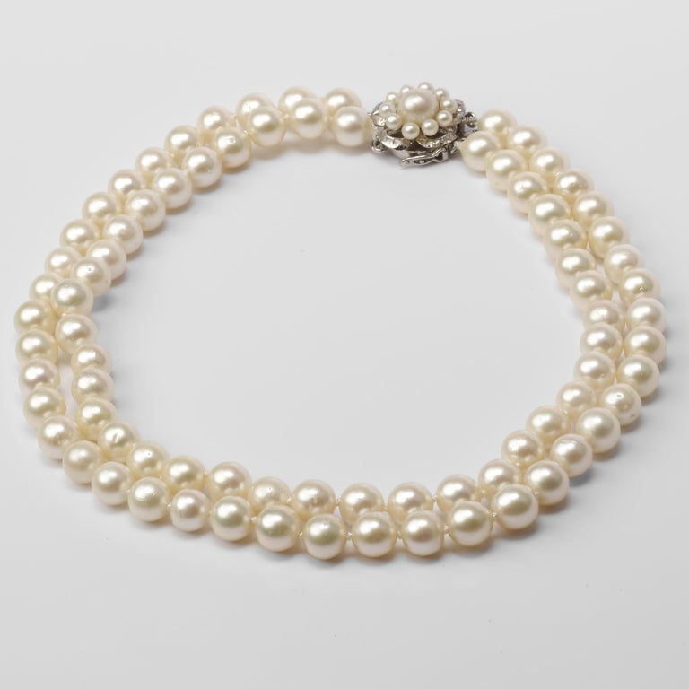 Akoya Pearl Necklace Double Strand In Excellent Condition For Sale In Southbury, CT