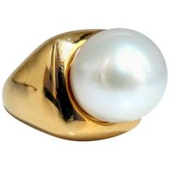 Akoya Pearl Ring 14 Karat