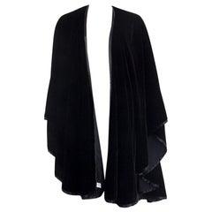 AKRIS black velvet Cape Coat Jacket One Size