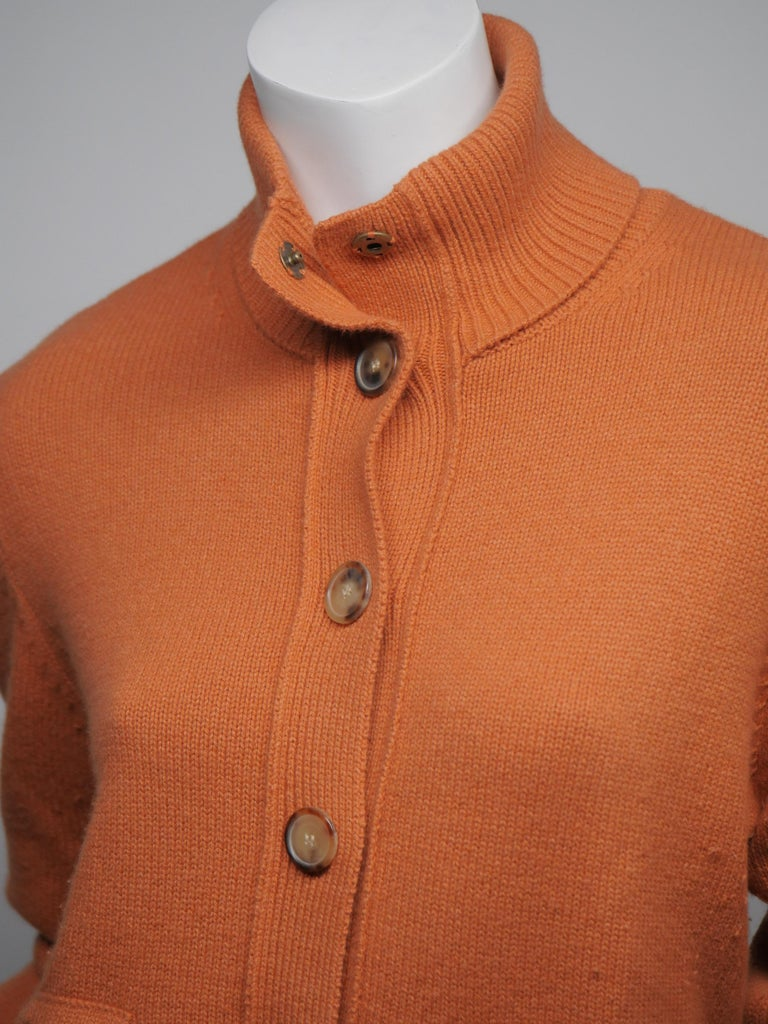 Akris Punto Size 10 Orange Wool Button Down Turtle Neck Sweater In Good Condition For Sale In Southampton, NY