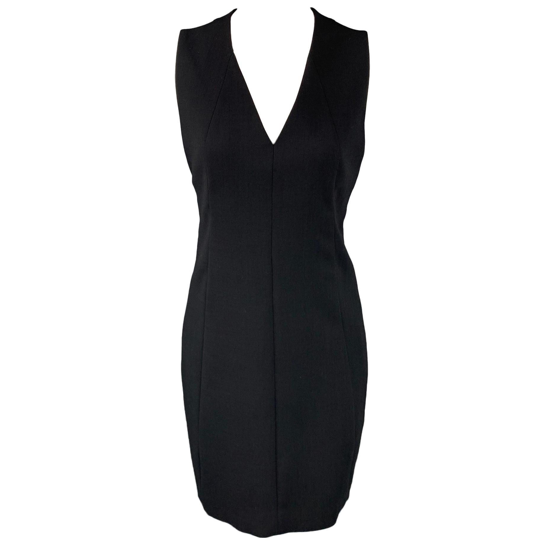 AKRIS Size 6 Black Wool / Nylon V-Neck Shift Dress