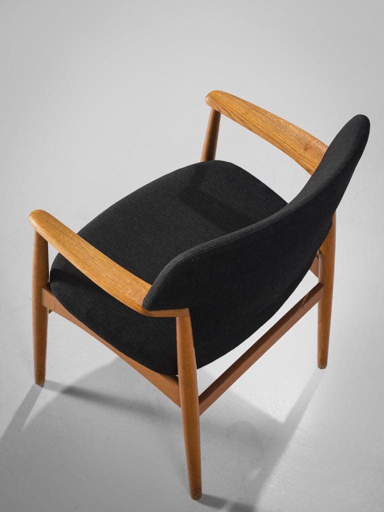 Aksel Bender Madsen Oak Armchairs for Fritz Hansen For Sale 4