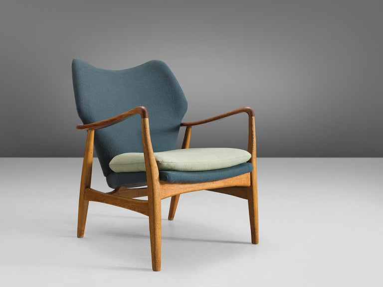 Aksel Bender Madsen for Bovenkamp, oak and teak and turquoise and light green fabric, Denmark, 1950s.