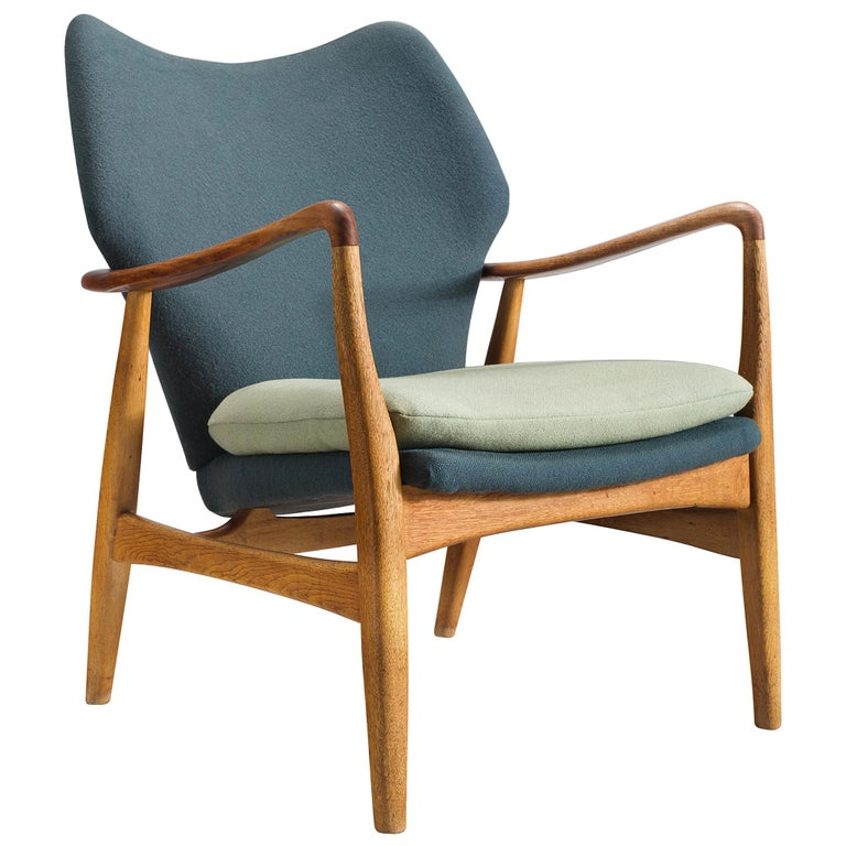 Aksel Bender Madsen Teak and Oak Lounge Chair For Sale