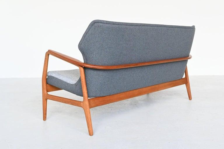 Mid-Century Modern Aksel Bender Madsen Wingback lounge Sofa Bovenkamp, the Netherlands, 1960 For Sale