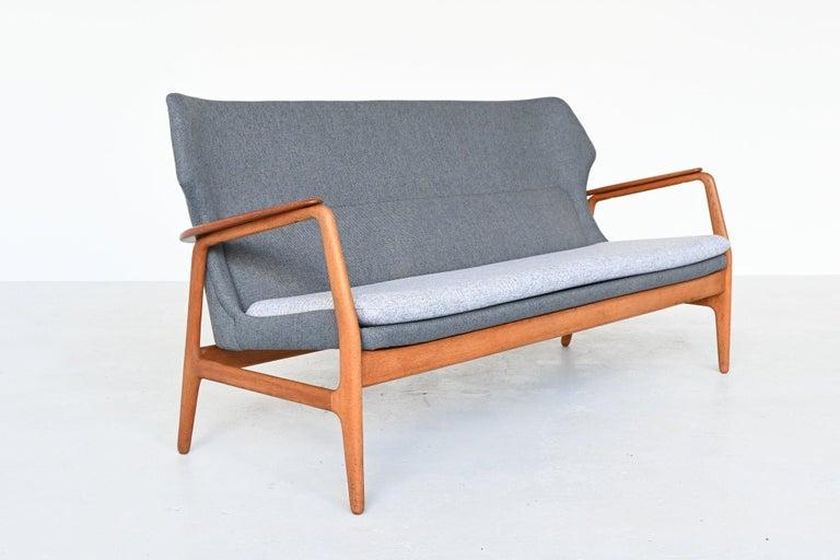 Aksel Bender Madsen Wingback lounge Sofa Bovenkamp, the Netherlands, 1960 In Good Condition For Sale In Etten-Leur, NL