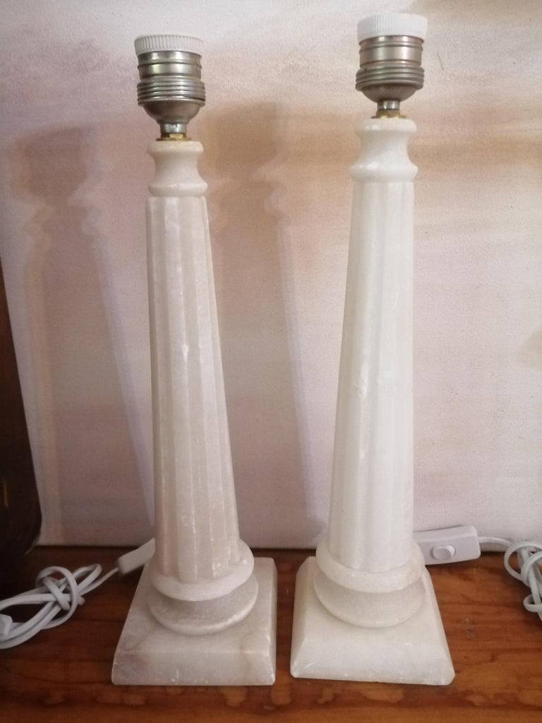 Alabaster Table Lamp Classic Column Form For Sale 8