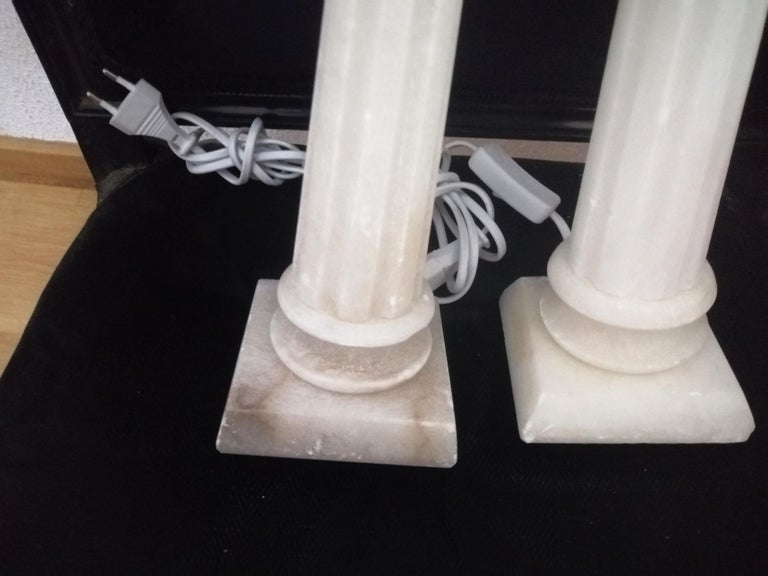 Alabaster Table Lamp Classic Column Form For Sale 1