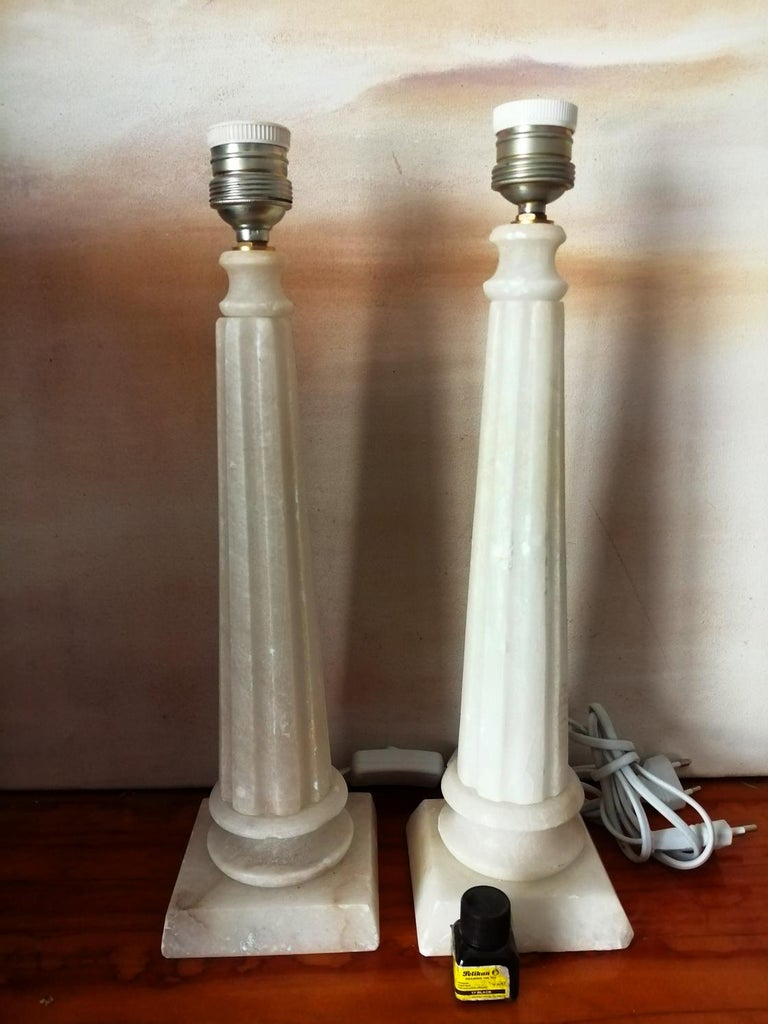Alabaster Table Lamp Classic Column Form For Sale 4