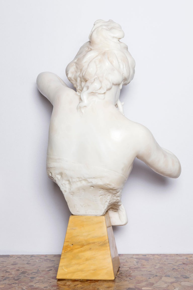 Art Nouveau Alabaster Woman Bust Signed F. Vichi with Marble Base, Firenze, circa 1890 For Sale
