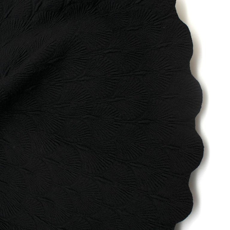 Alaia Black Jacquard-knit Scalloped Wool Mini Dress36 For Sale 6