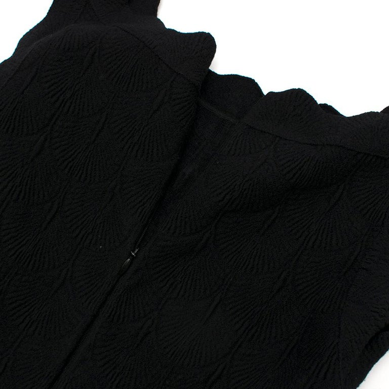 Women's Alaia Black Jacquard-knit Scalloped Wool Mini Dress36 For Sale