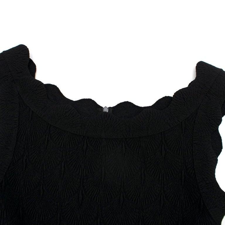 Alaia Black Jacquard-knit Scalloped Wool Mini Dress36 For Sale 1