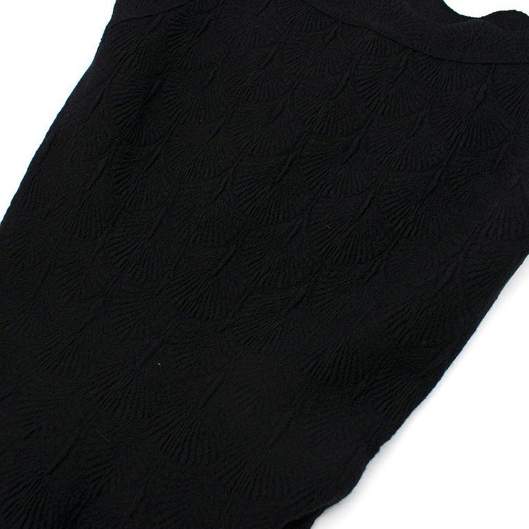 Alaia Black Jacquard-knit Scalloped Wool Mini Dress36 For Sale 2
