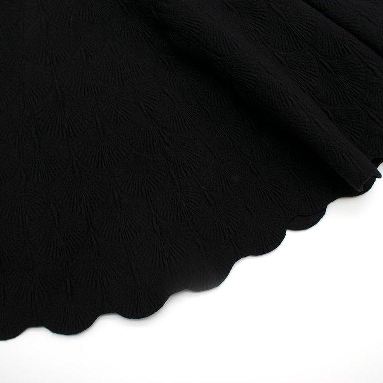 Alaia Black Jacquard-knit Scalloped Wool Mini Dress36 For Sale 3
