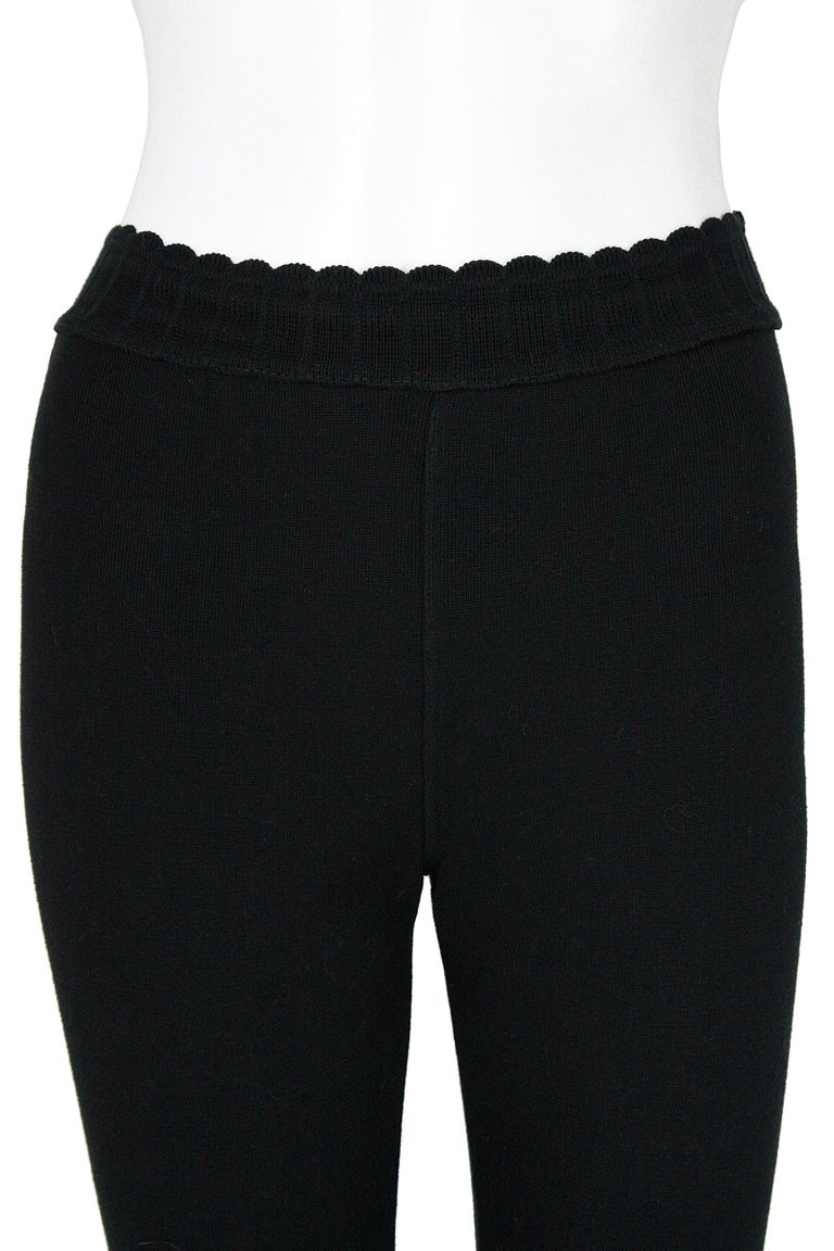 Alaïa Black Stretchy Knit Leggings In Good Condition For Sale In Los Angeles, CA