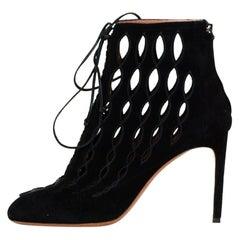 Alaia Black Suede Cut Out Lace-up Booties sz 40