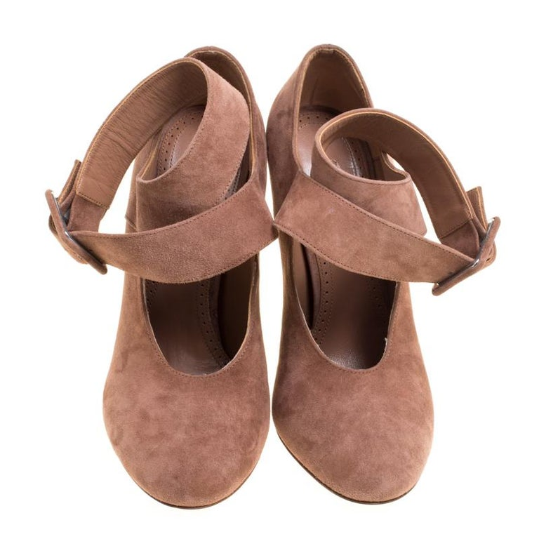 Alaia Brown Suede Cross Ankle Strap Platform Pumps Size 37.5 In New Condition For Sale In Dubai, AE