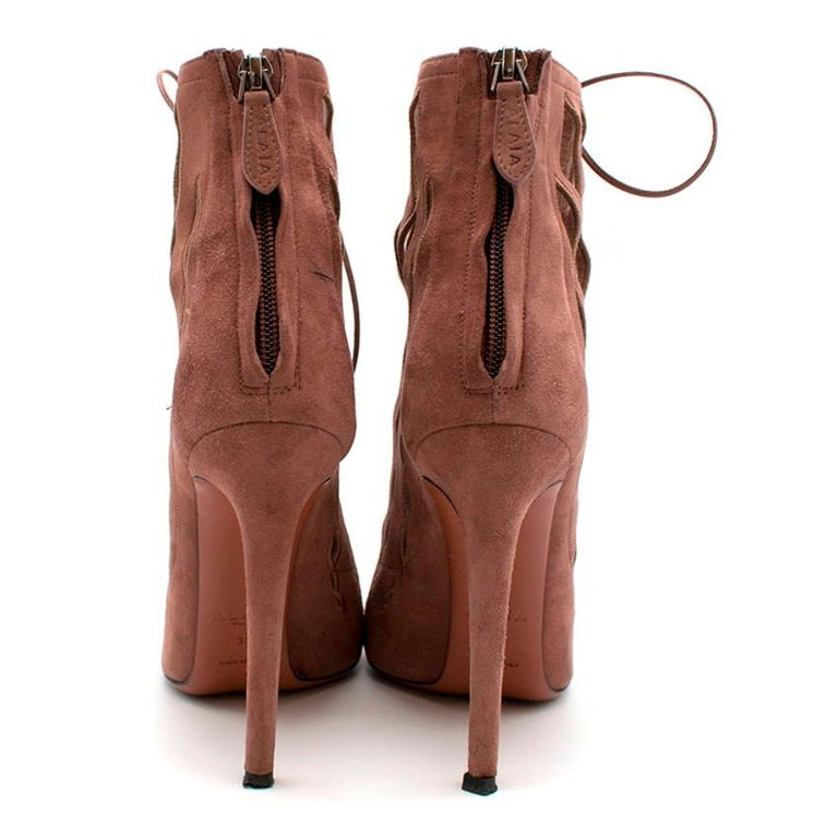 Alaia Goatskin Stiletto Lasercut Ankle Boots 38 In Good Condition For Sale In London, GB