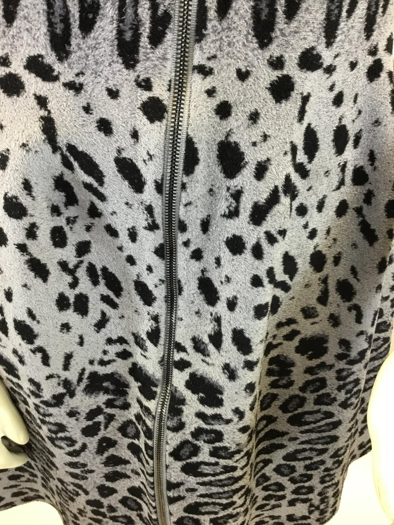Alaia Grey and Black Animal Print Zip Up Dress For Sale 2