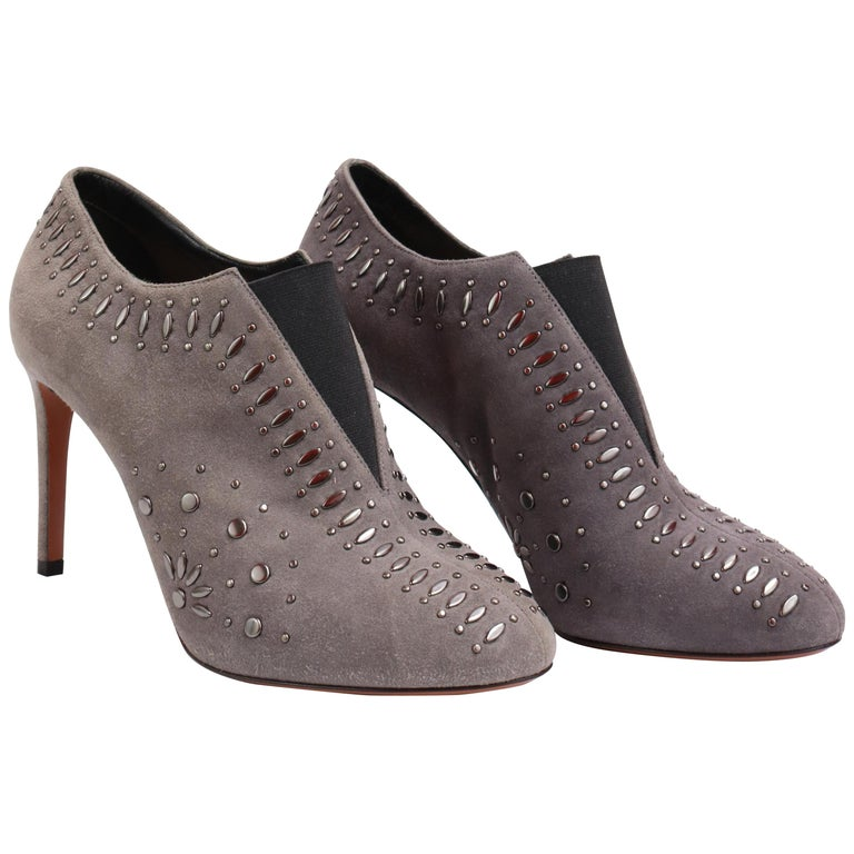 ALAIA  Grey Suede Studded Booties Size 39 For Sale
