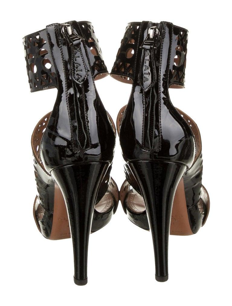 Women's Alaia NEW Black Patent Leather Lattice Cutout Evening Sandals Heels For Sale