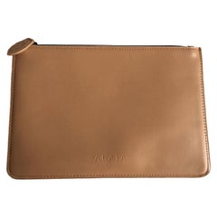 Alaïa Pouch In Pink Beige Leather