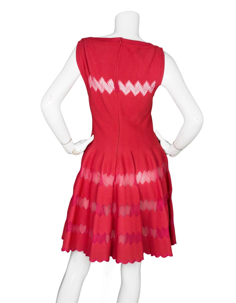 Alaia Red Fit Flare Sleeveless Zig Zag Mesh Dress sz FR 44 In Excellent Condition For Sale In New York, NY