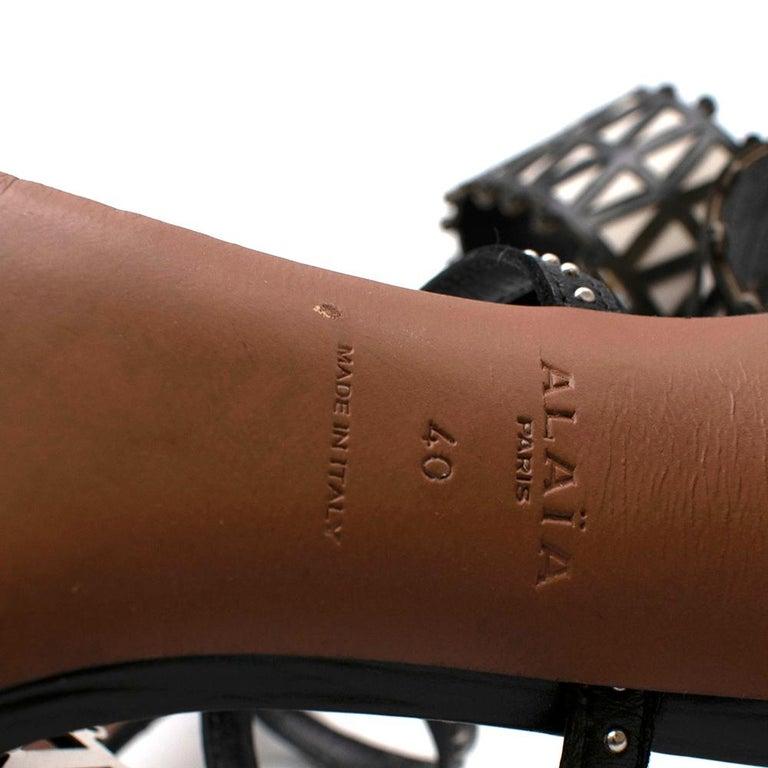 Alaia Stiletto Black & White Laser Cut Sandals 40 For Sale 1