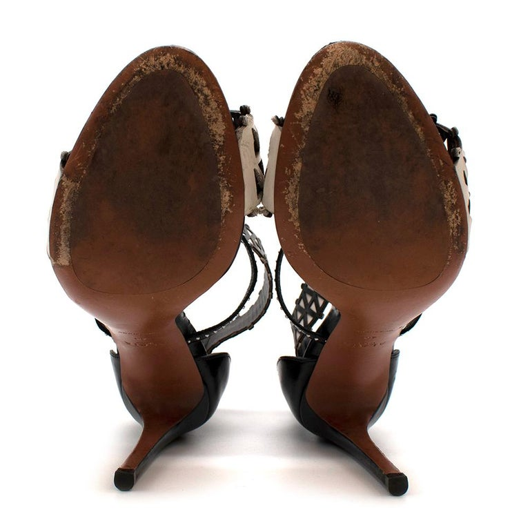 Alaia Stiletto Black & White Laser Cut Sandals 40 For Sale 2