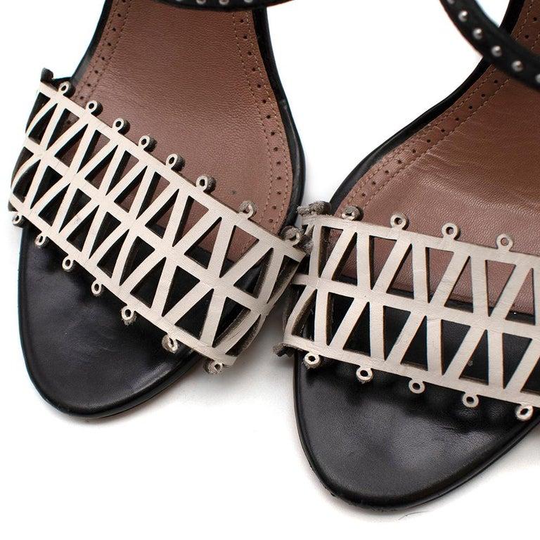 Alaia Stiletto Black & White Laser Cut Sandals 40 For Sale 5