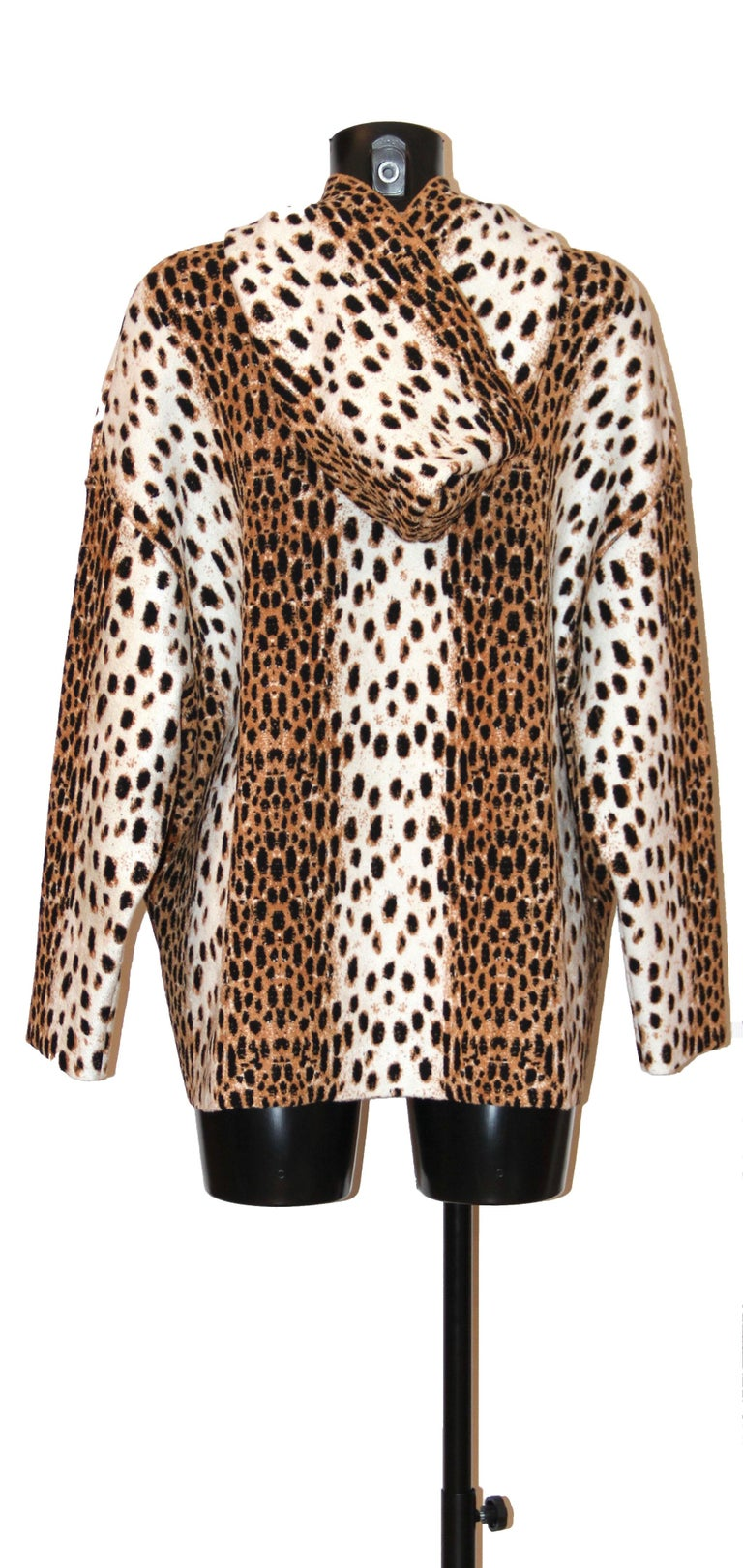 Beige Alaïa White and Brown Leopard Print Sweatshirt For Sale