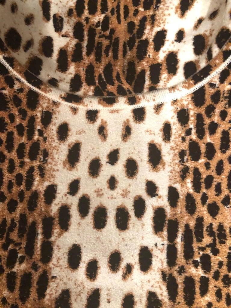 Alaïa White and Brown Leopard Print Sweatshirt For Sale 1