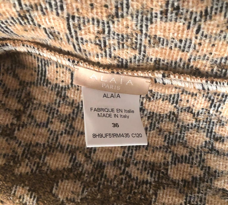Alaïa White and Brown Leopard Print Sweatshirt For Sale 3