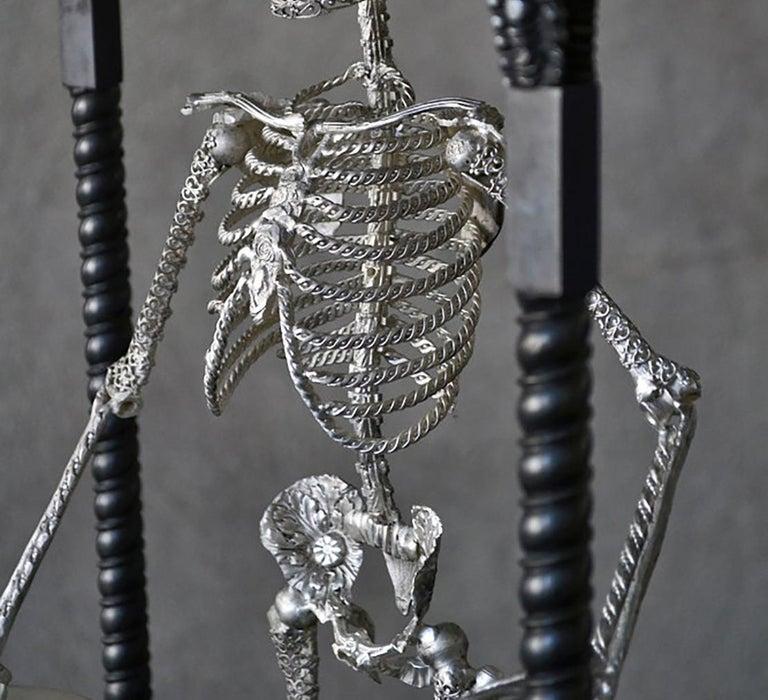 Memento Mori - Bronze Unique Sculpture  For Sale 4