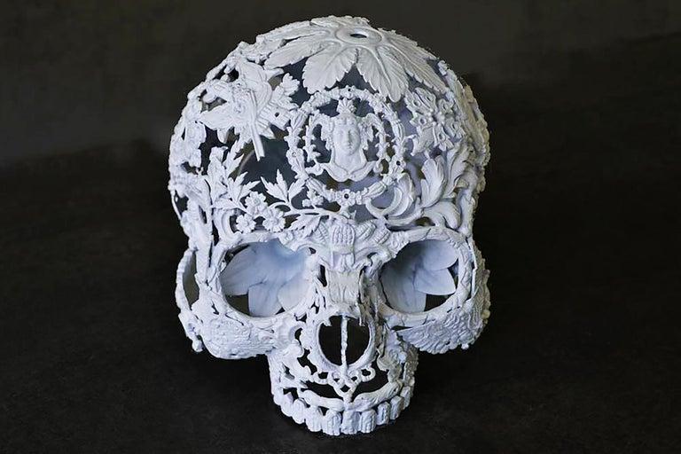 Petit Blanc - Skull Bronze Sculpture - Unique Piece For Sale 2