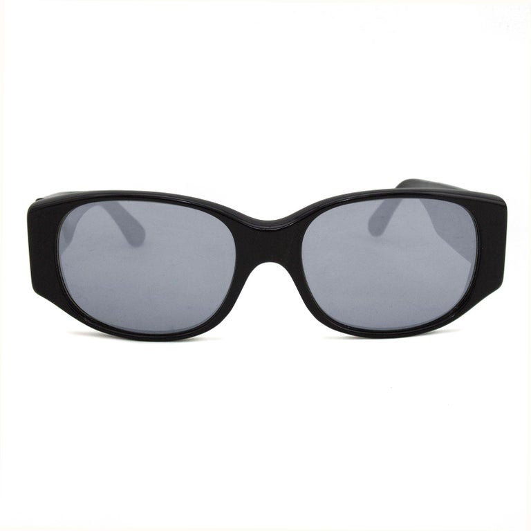 Alain Mikli Black Sunglasses with Mirror Lenses In Good Condition For Sale In Toronto, Ontario