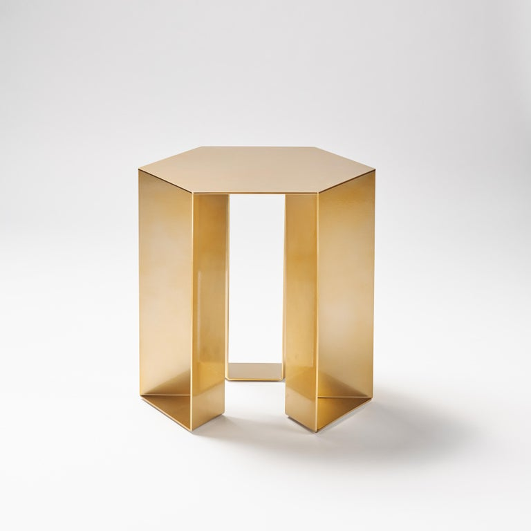 Side table with a linear and essential design, simple and contemporary, balanced in full and empty spaces, creating perspectives in continuous change. Its beautiful composition comes from a subtraction of volumes that characterizes it, giving it a