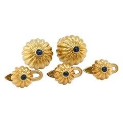 Albert Lipten 18kt Yellow Gold Fluted Cuff Links/Studs Dress Set with Sapphires