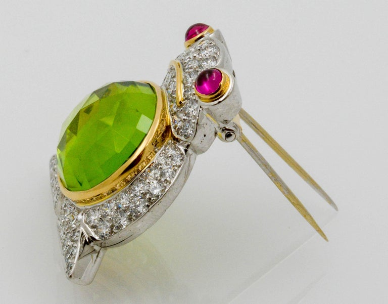 Women's Albert Lipten 4.30 Carat Peridot  2.50 Carat Diamond Platinum Frog Brooch For Sale