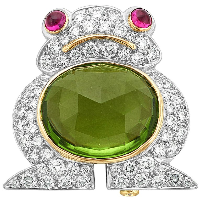 Albert Lipten 4.30 Carat Peridot  2.50 Carat Diamond Platinum Frog Brooch For Sale