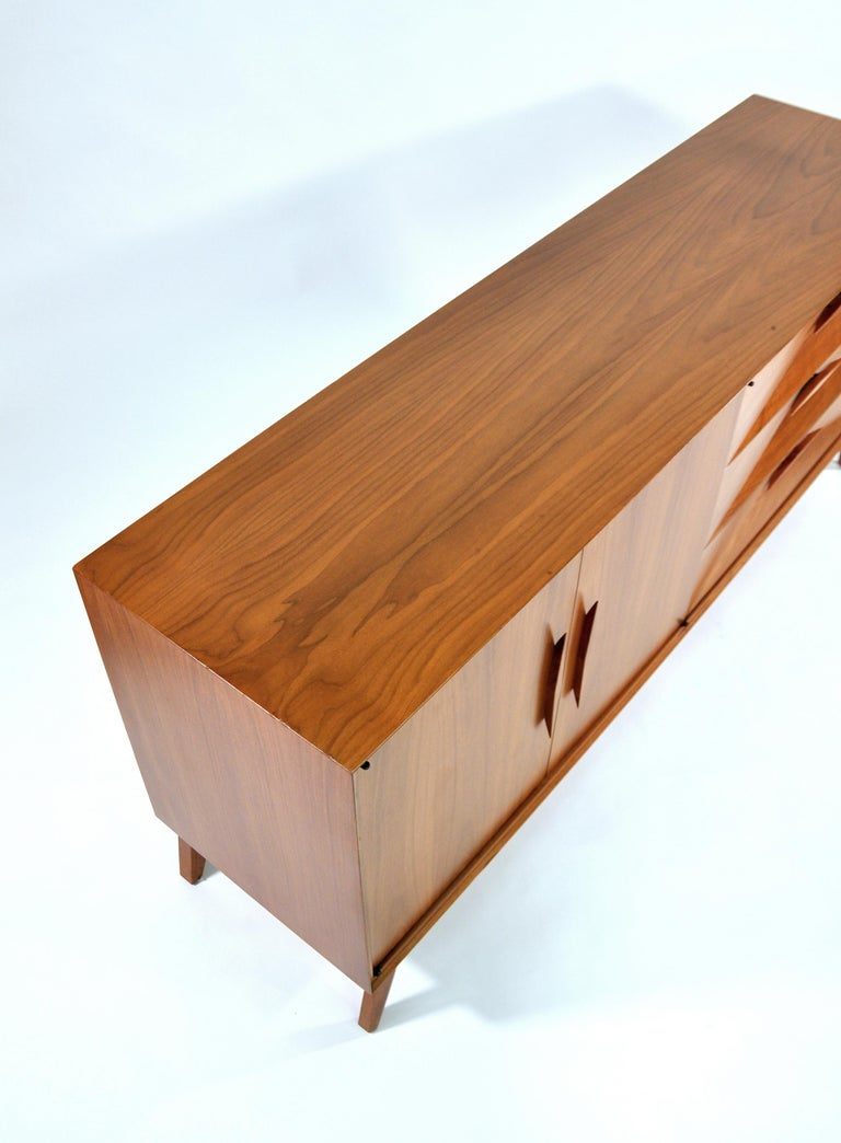 Albert Parvin Diamond Front Walnut Dresser For Sale 6