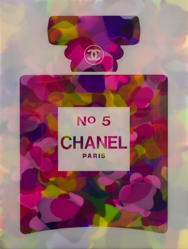 Alberto Murillo Figurative Painting - Chanel #5 multicolor