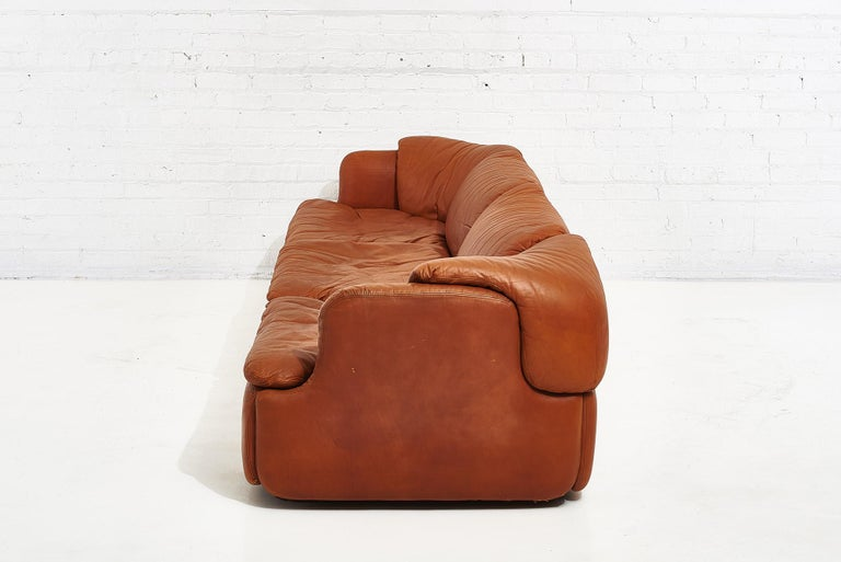 """Alberto Rosselli for Saporiti Brown Leather """"Confidential"""" Sofa, 1970's In Good Condition For Sale In Chicago, IL"""