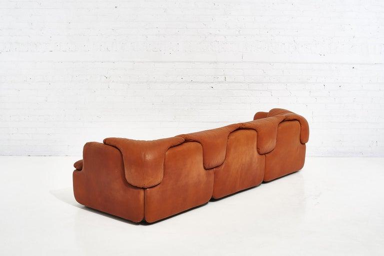 "Late 20th Century Alberto Rosselli for Saporiti Brown Leather ""Confidential"" Sofa, 1970's For Sale"