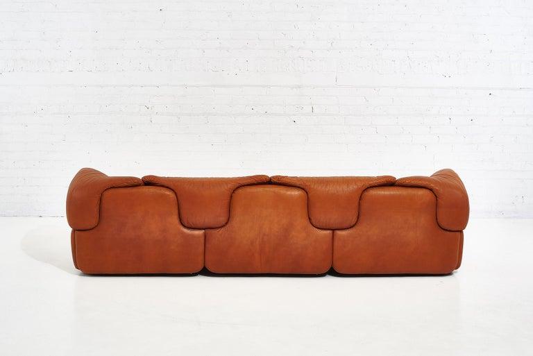 """Alberto Rosselli for Saporiti Brown Leather """"Confidential"""" Sofa, 1970's For Sale 1"""