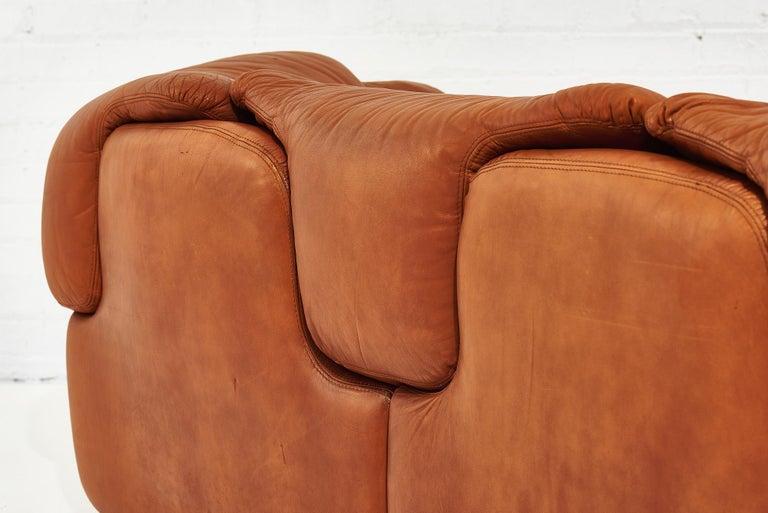 """Alberto Rosselli for Saporiti Brown Leather """"Confidential"""" Sofa, 1970's For Sale 2"""