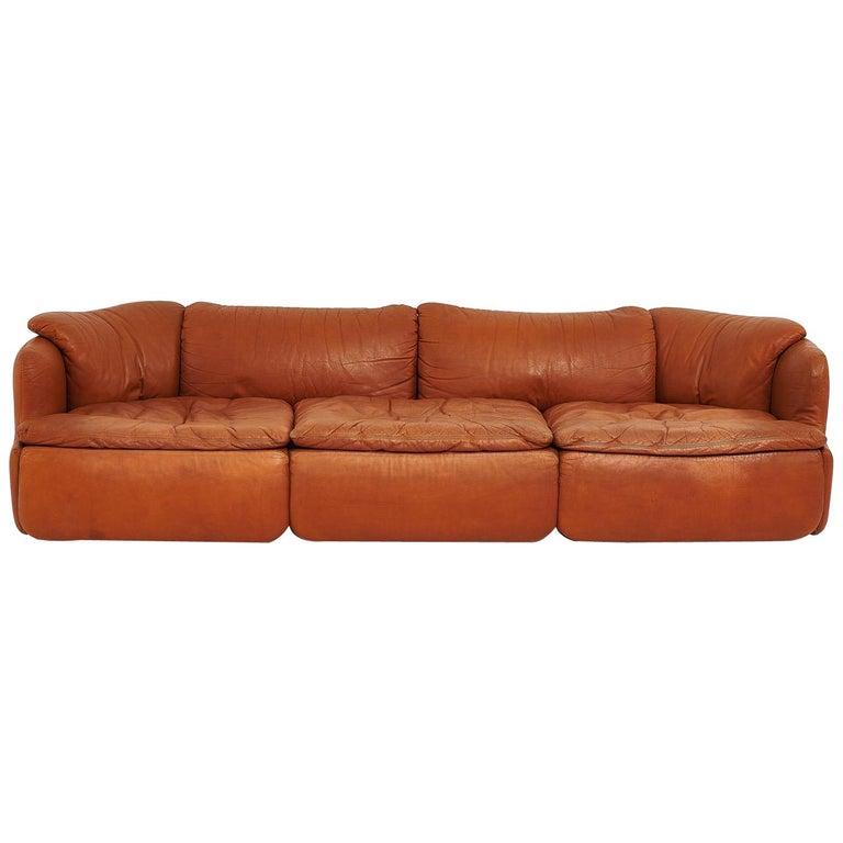 """Alberto Rosselli for Saporiti Brown Leather """"Confidential"""" Sofa, 1970's For Sale"""